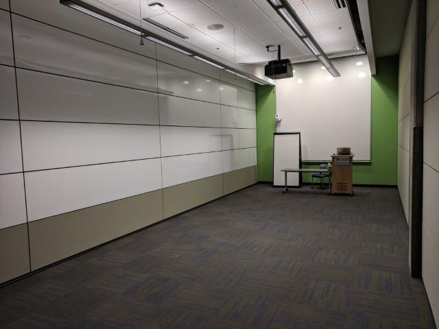 Room configuration: empty