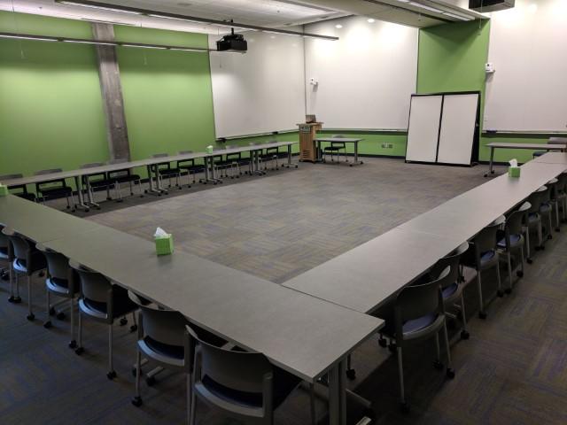 Room configuration: U-Shape