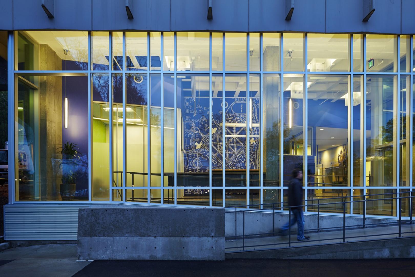 UW Facilities training center entrance