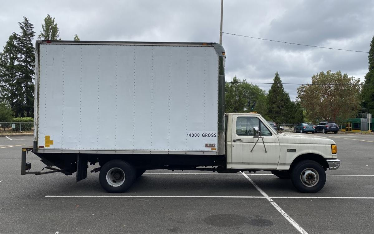Photo of 1991 Ford 14' Box Truck F-450 SD 2WD AT 7.5L - FOR PARTS OR REPAIR