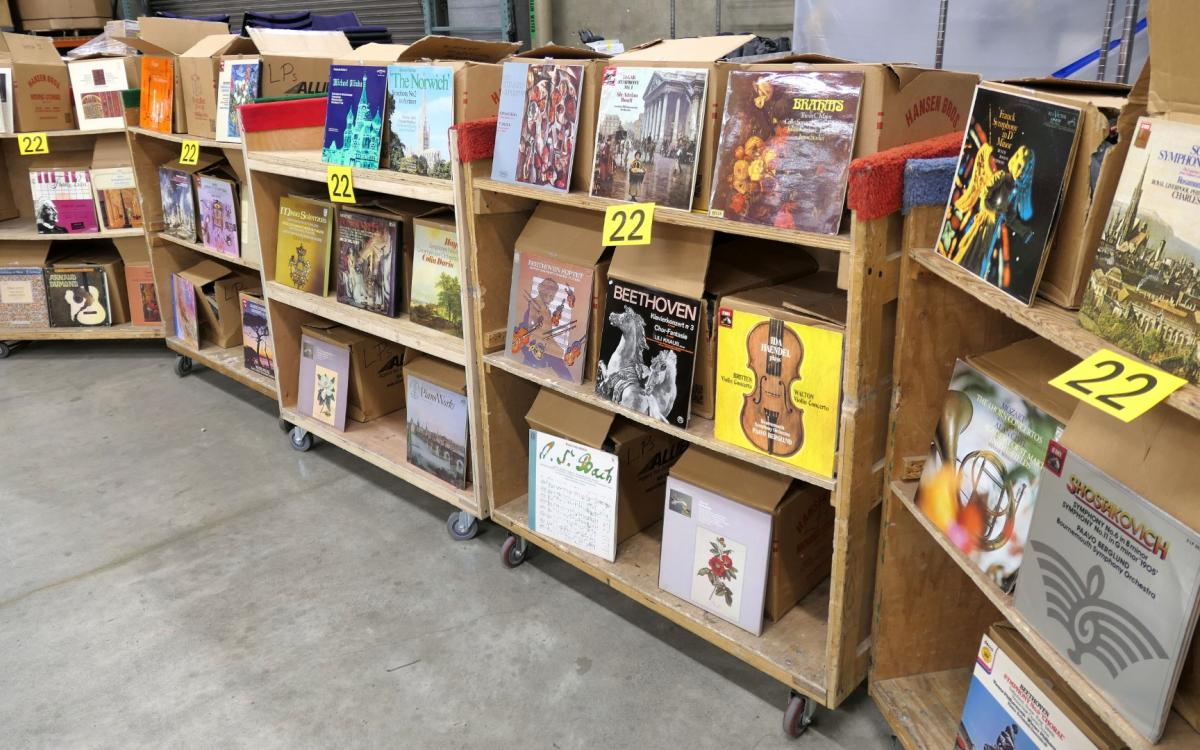 Photo of Lot 22: Hundreds of classical music record albums