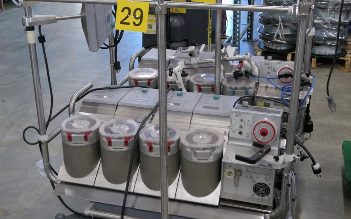 Photo of Lot 29: heart lung systems