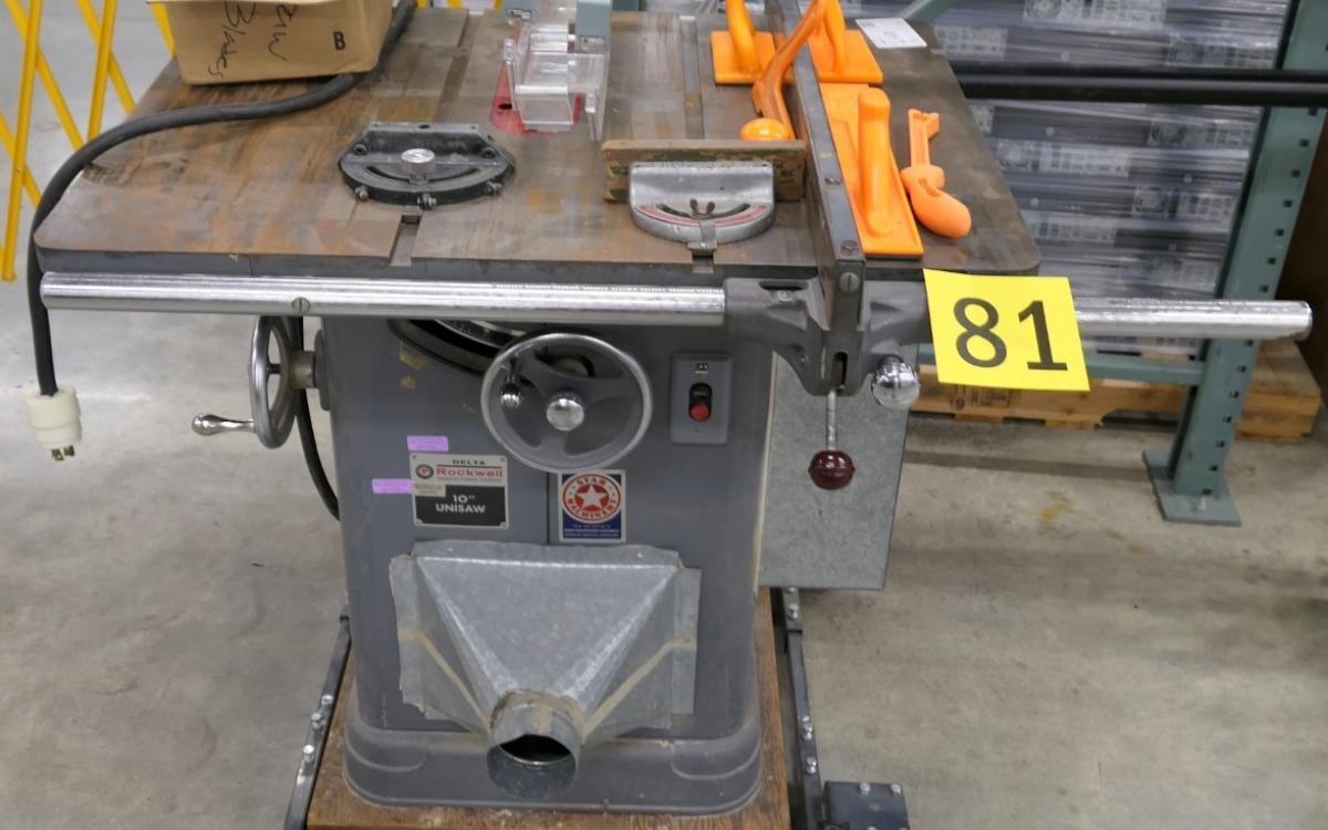Photo of Lot 81: Delta brand table saw