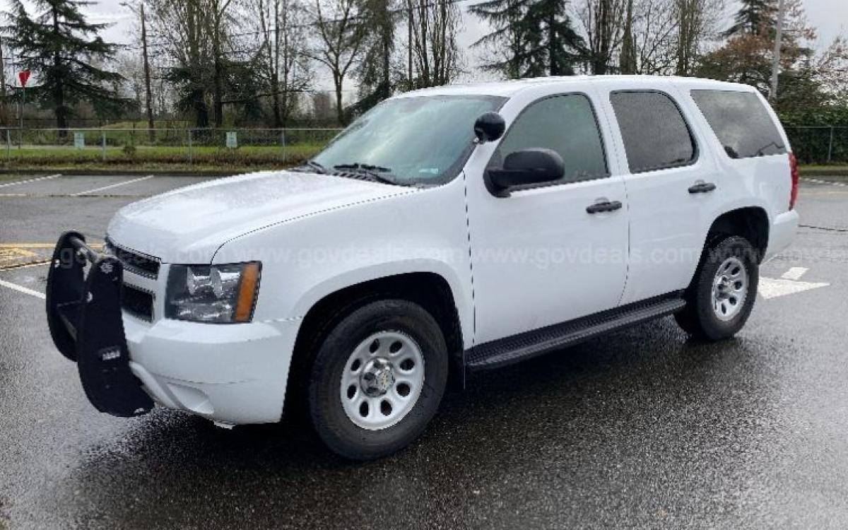 2011 White Chevy Tahoe SUV up for auction bids on GovDeals.com